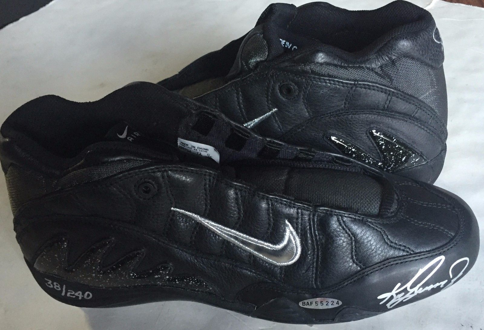 Ken Griffey Jr Signed Mariners Nike Cleat Pair in Box LE 38/240 HOF Auto UDA COA