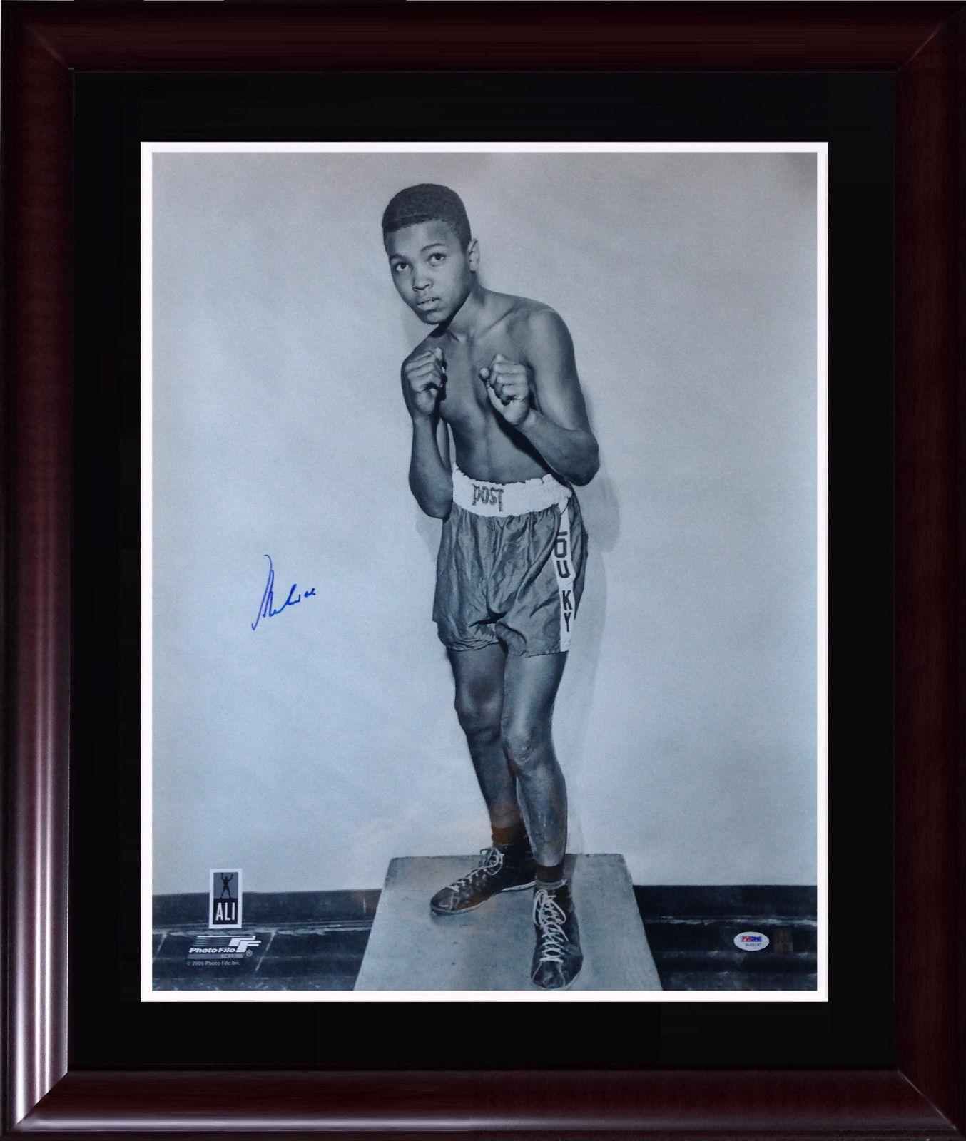 Muhammad Ali Cassius Clay Signed 20×24 photo framed auto PSA /DNA Ali holo COA