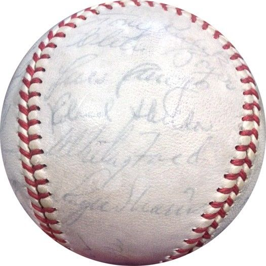 1962 New York Yankees Team Signed OAL Cronin Baseball Roger Maris Howard PSA