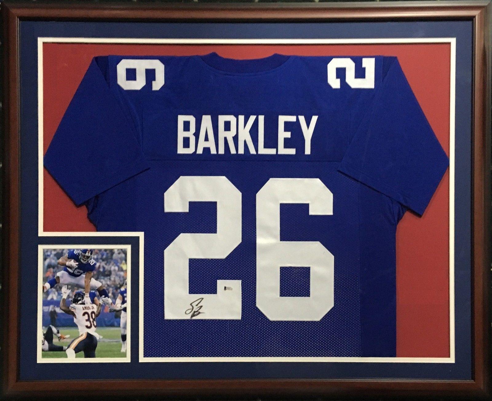 Saquon Barkley signed #26 Giants Jersey Framed Rookie Autograph Beckett BAS COA