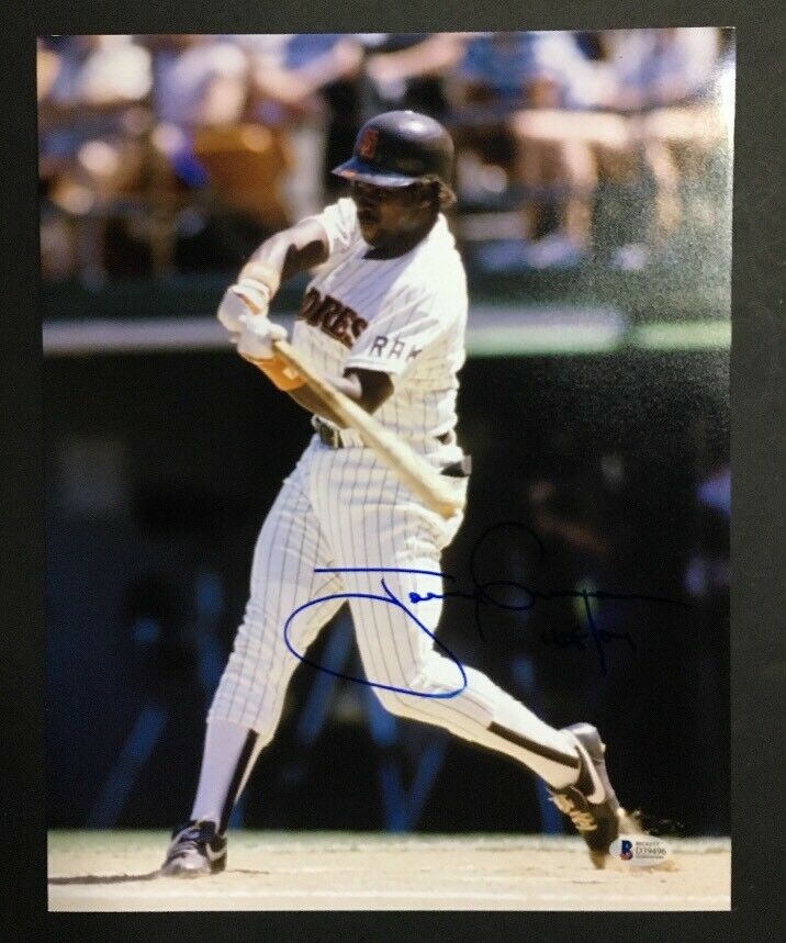 Tony Gwynn Signed 11×14 Photo San Diego Padres HOF 07 Ins Bas Beckett Coa