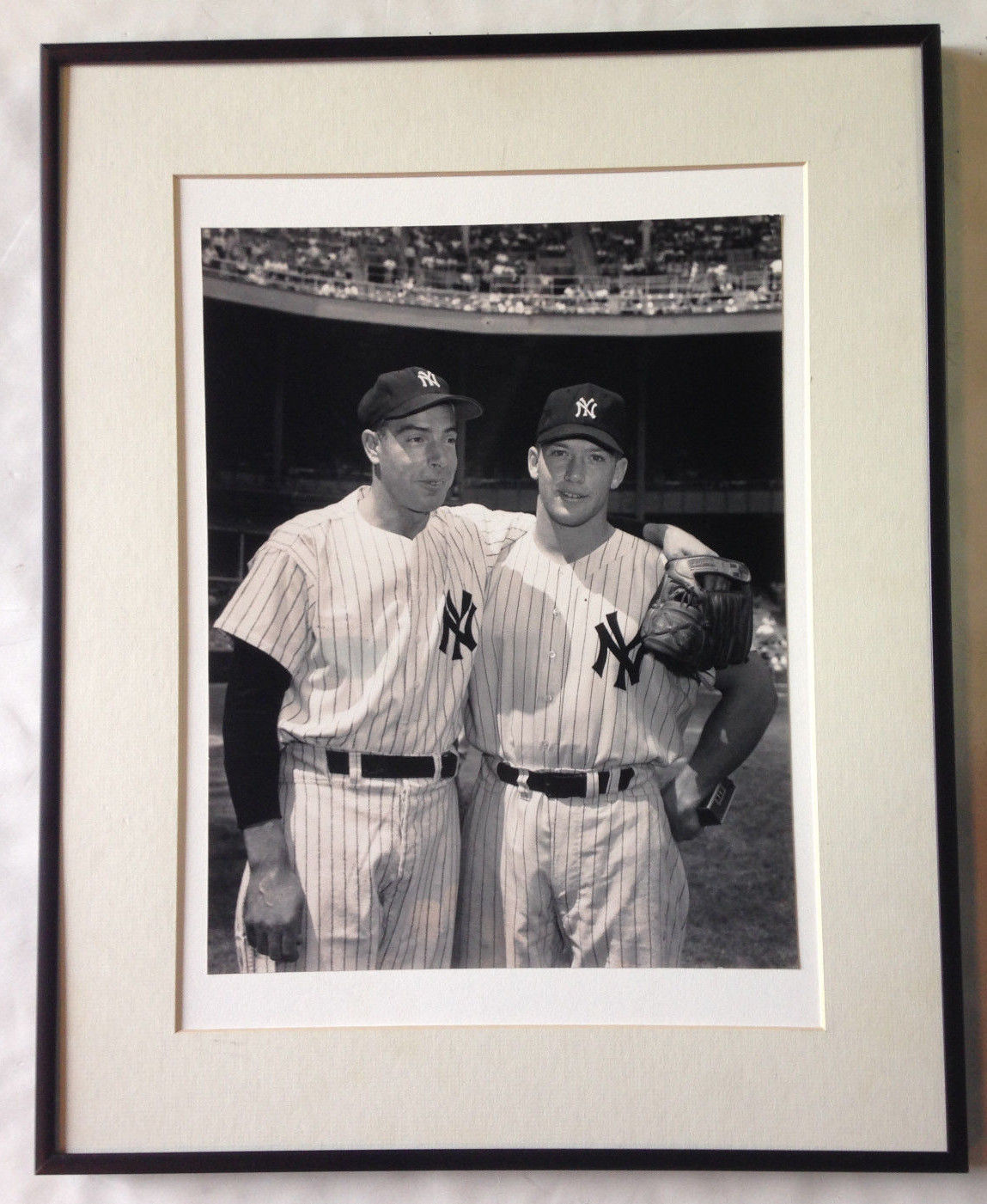 Joe DiMaggio Mickey Mantle framed 11×14 original photo Yankees HOF john scher