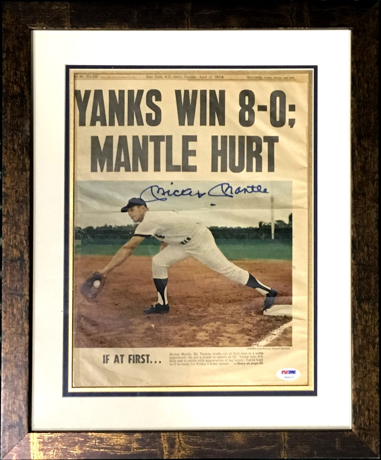 Mickey Mantle Yankees Signed 1967 Daily News framed mint autograph PSA/DNA LOA