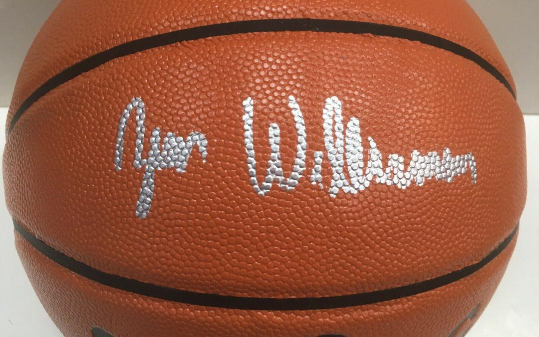 Zion Williams Pelicans signed Spalding Basketball Rookie Autograph Fanatics COA